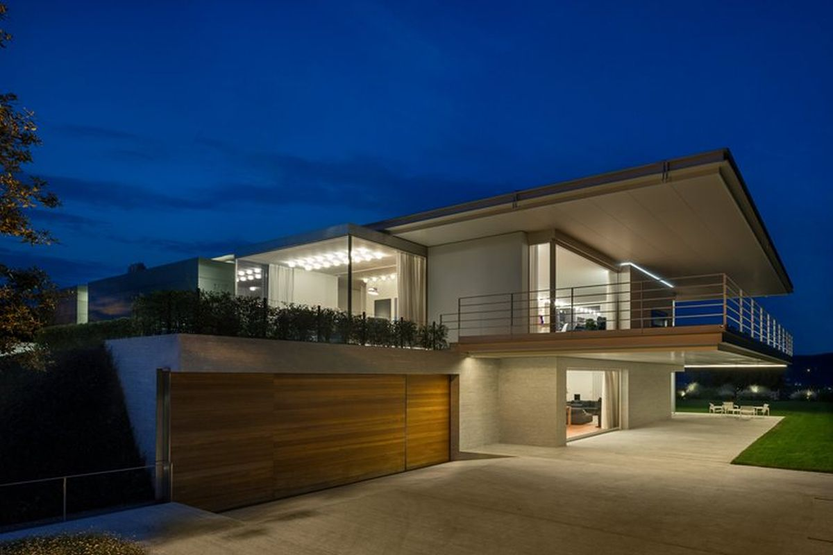 House C by Zaetta Studio garage and terrace