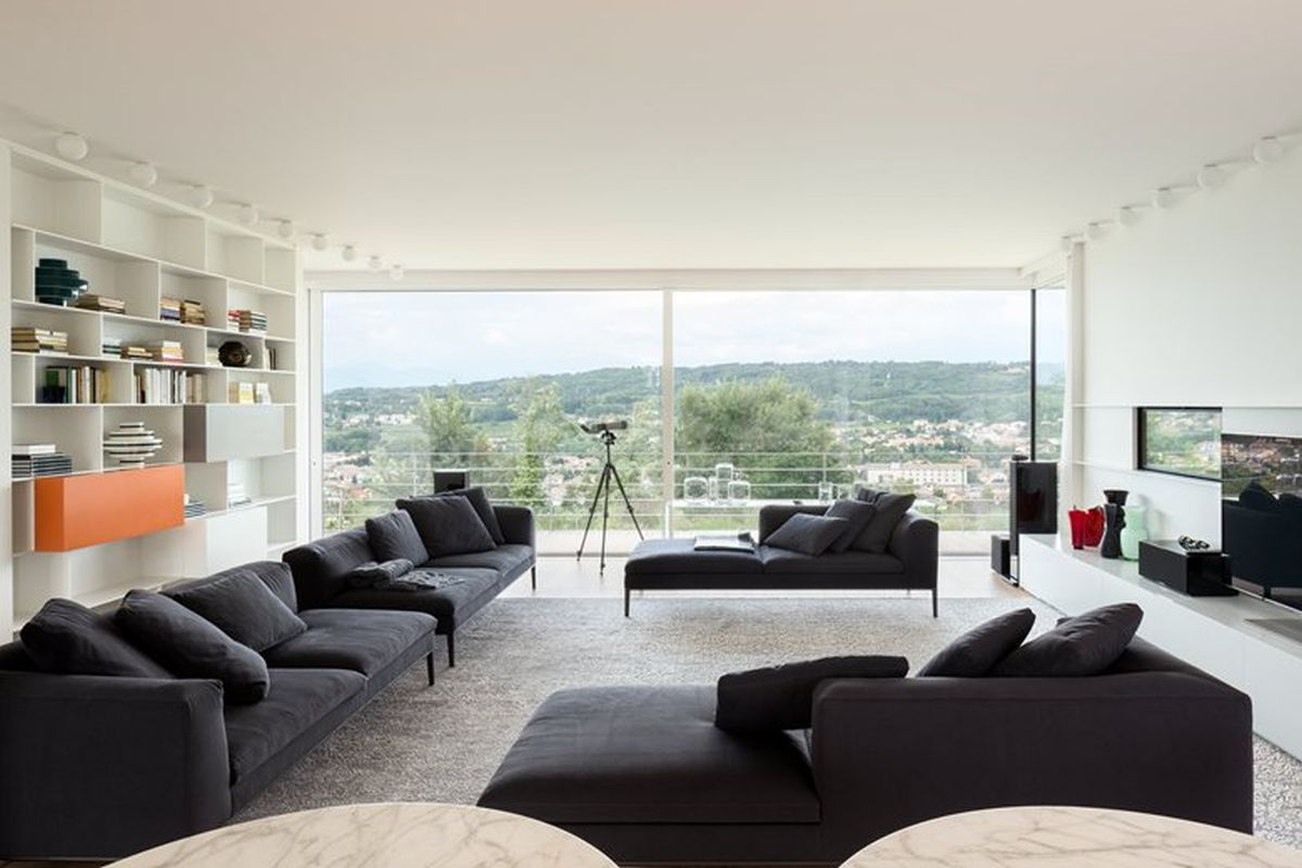 House C by Zaetta Studio top floor lounge area