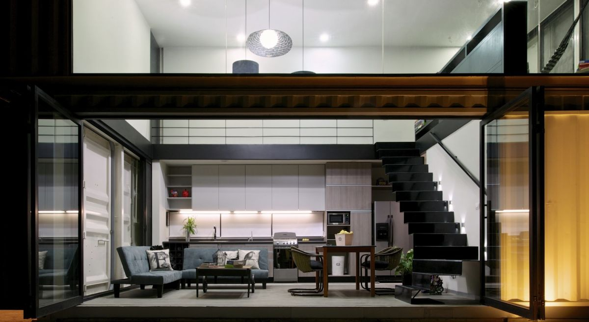 Huiini House by S+diseno double height living area