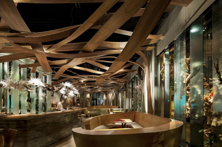 Restaurants with striking ceiling designs for Unique design milano
