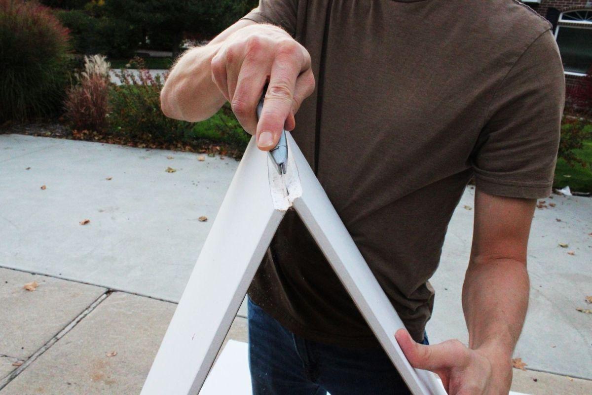 Keeping the sheetrock bent