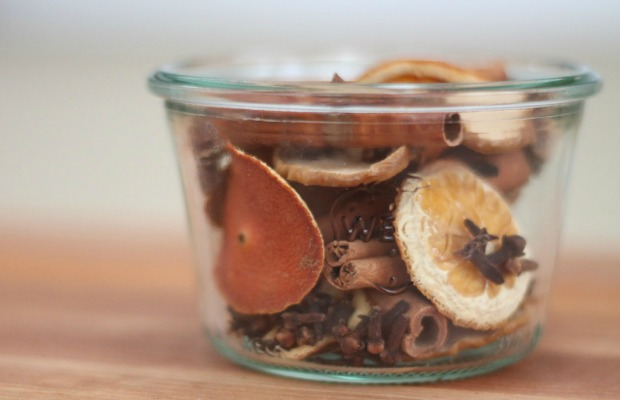 Mix your own potpourri.