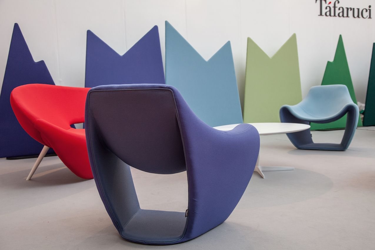 Tafaruci's Samsara armchair is at the same time a slight but substantial seating piece.
