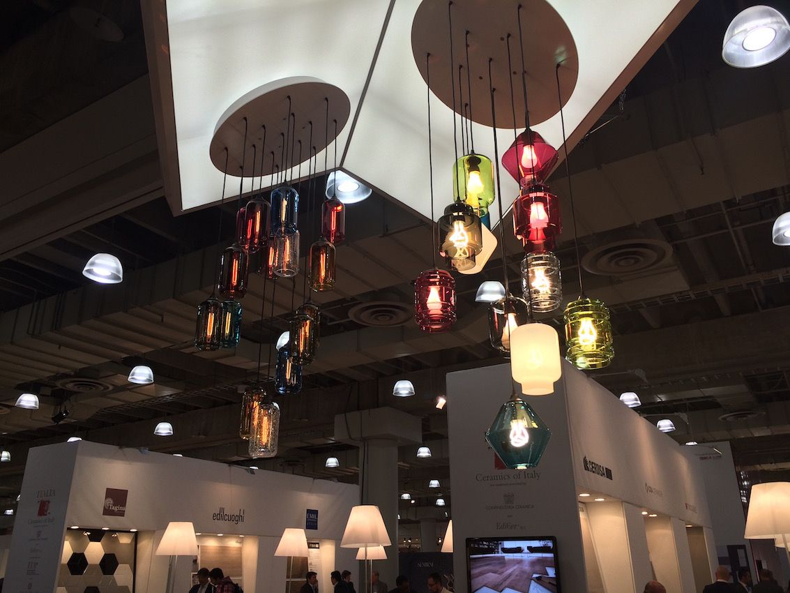 Niche Modern is a Hudson Valley New York-based studio that produces hand-blown modern pendant lighting.