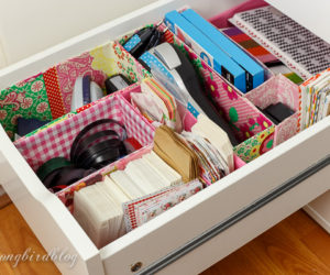 Drawer Organizing Tips That Keep The Mess At Bay