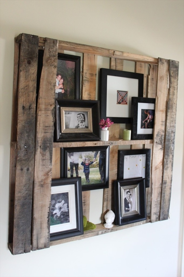 Pallet shelves for pictures