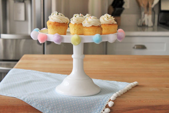 Pom Pom Cake Plate Tutorial