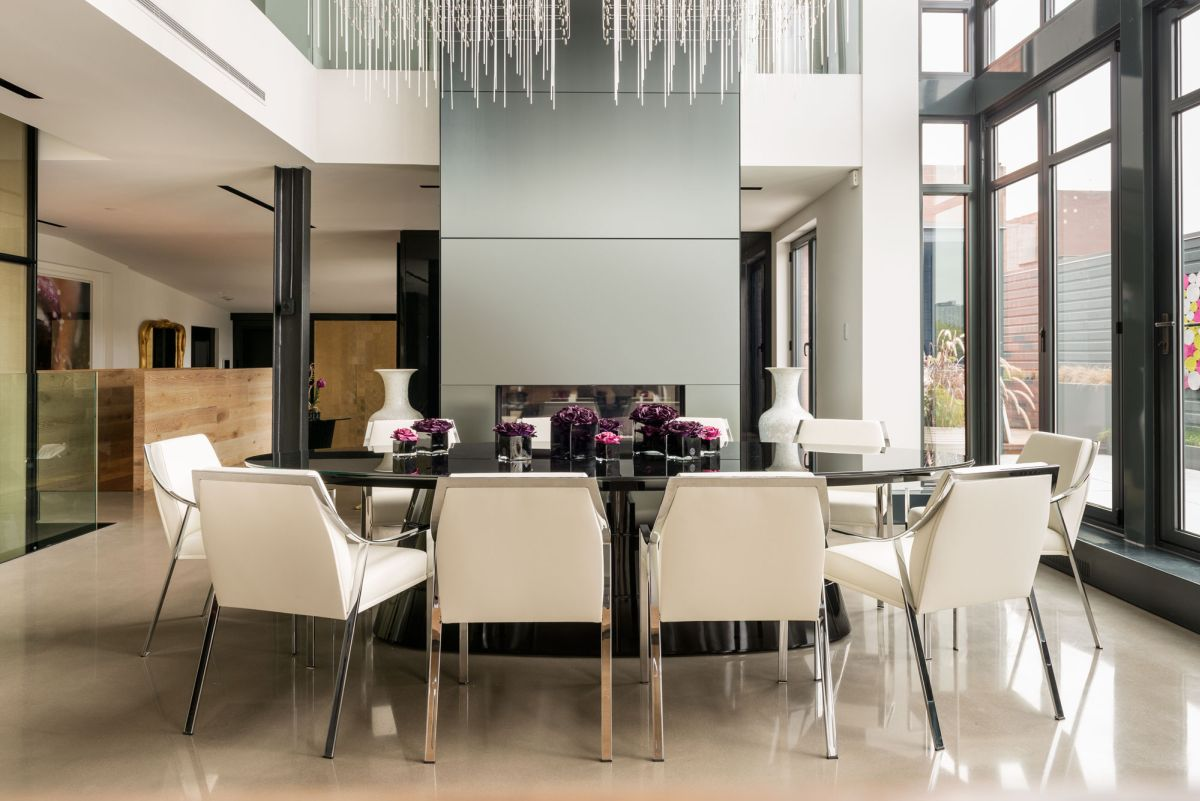 Redpath residence dining room