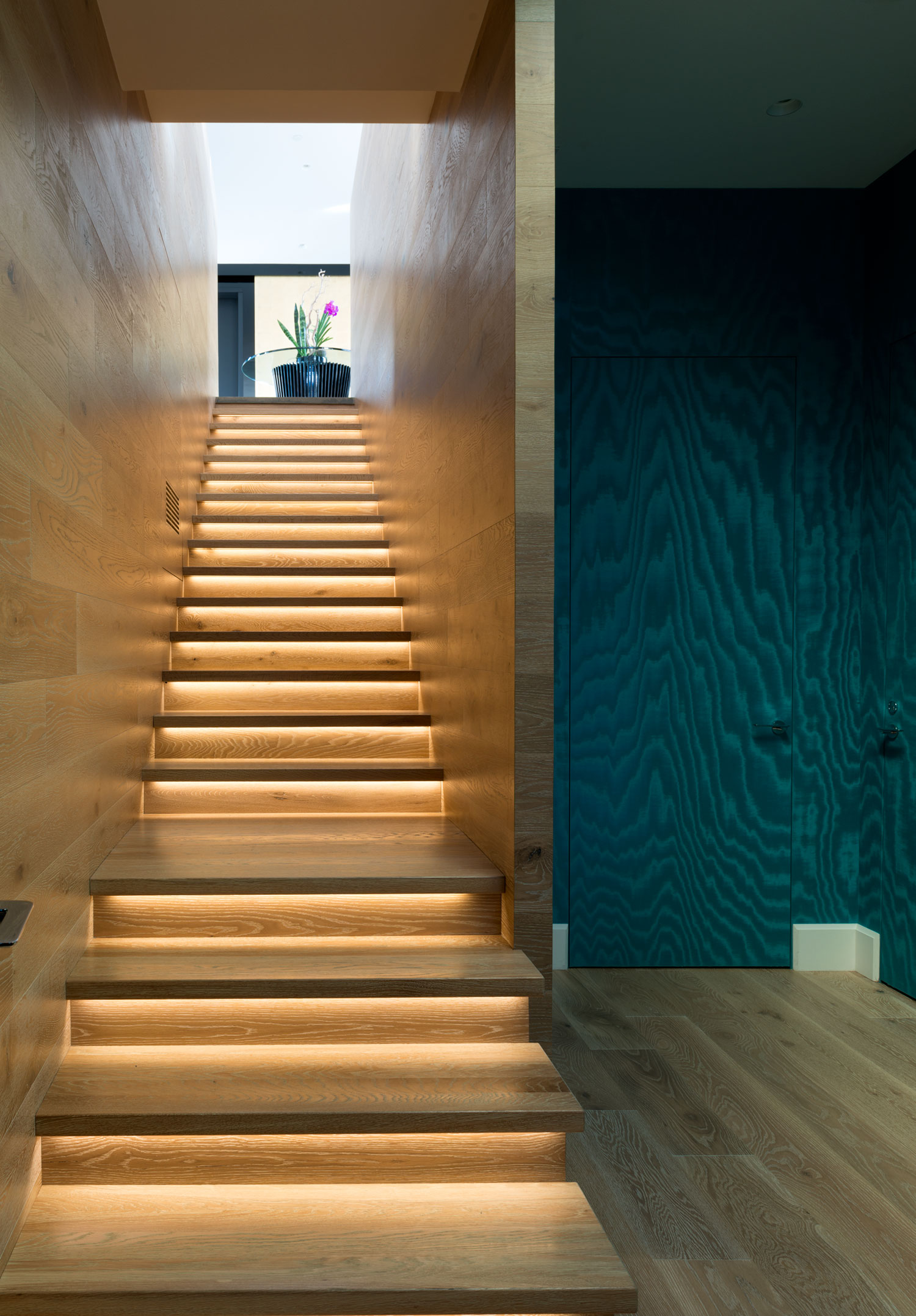 Redpath residence staircase lighting