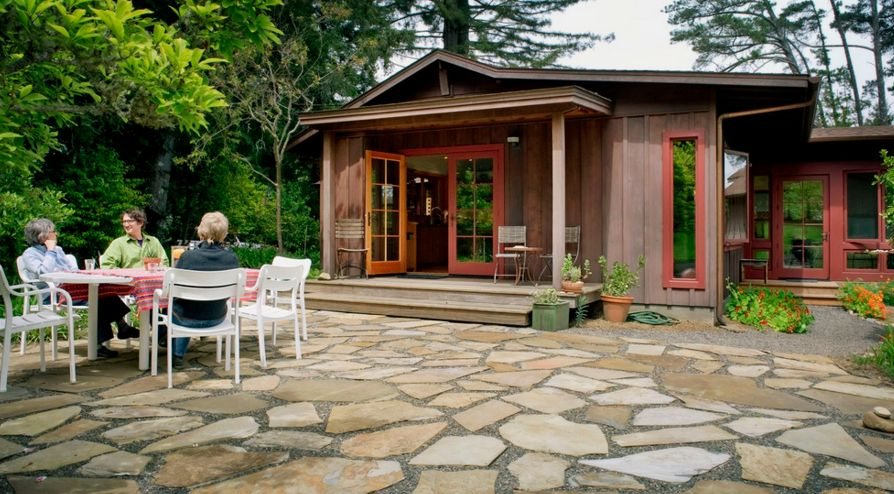 A flagstone patio is a really great option if you're aiming for a rustic landscape