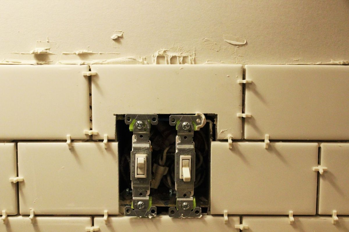 Kitchen Light Switch Democraciaejustica How To Replace A Double Install Subway Tile Backsplash