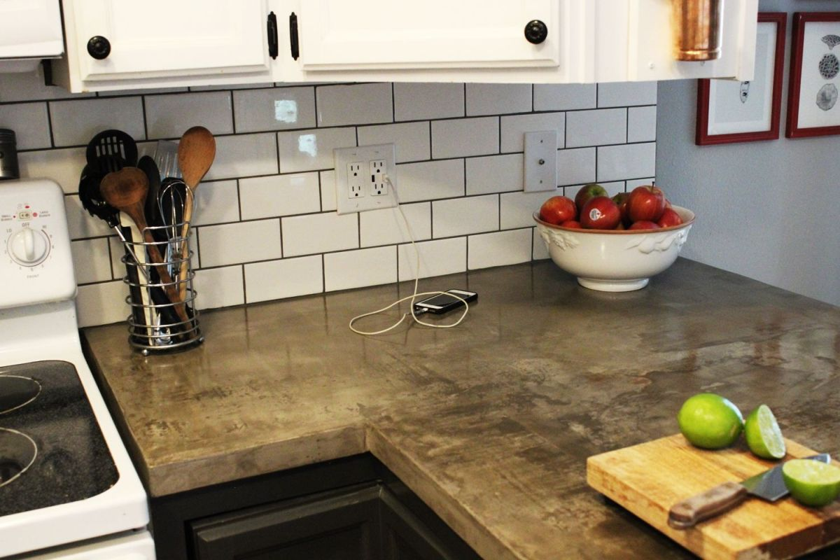 How to install a subway tile kitchen backsplash subway tiles with concrete kitchen countertop dailygadgetfo Image collections