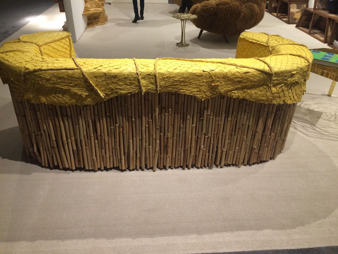 The back of the sofa is made of vertically assembled bamboo, which contributes to the organic look.