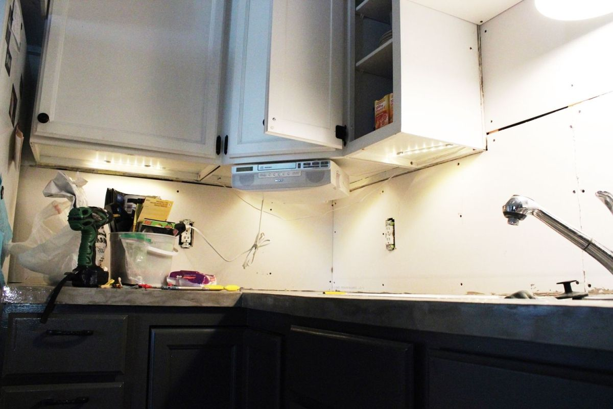 Diy Kitchen Lighting Upgrade Led Under Cabinet Lights Above The Single Switch Wiring Diagram Three Leds Corner