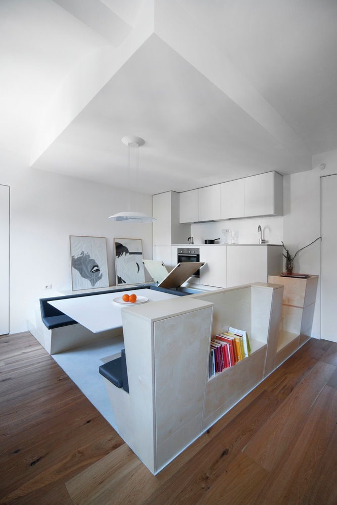 Turin apartment renovation custom central space