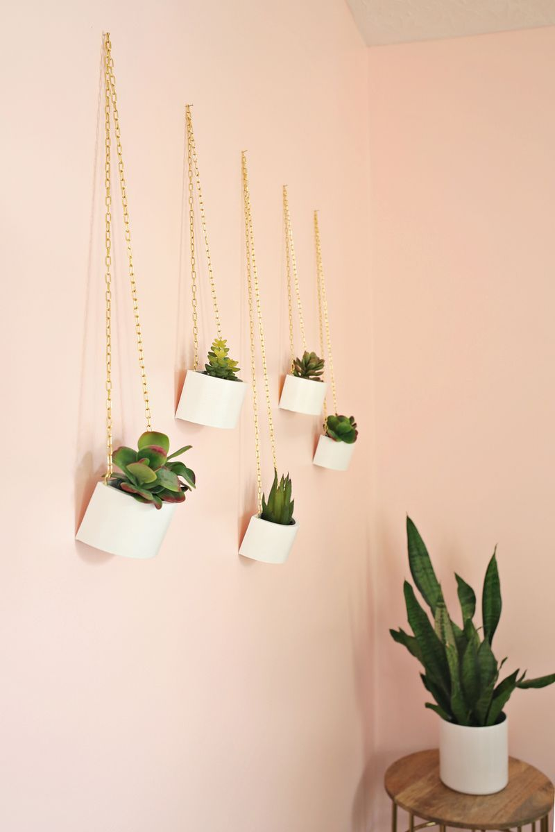 Wooden box hanging planteres with chain