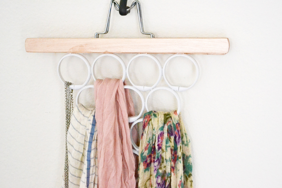 Belt and scarf organize
