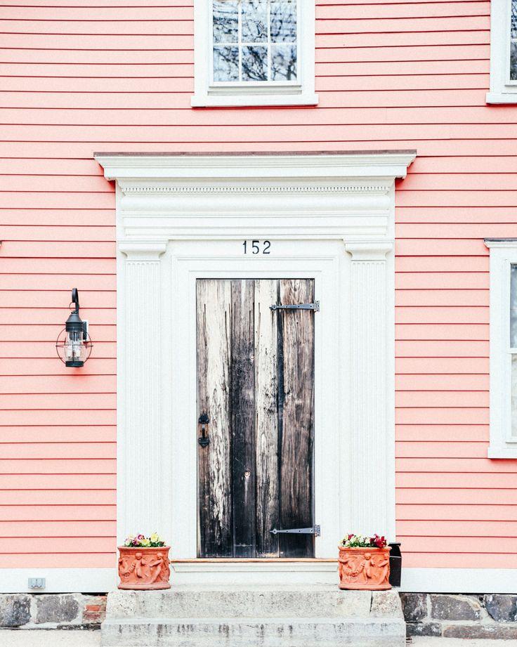 Bright house neutral door