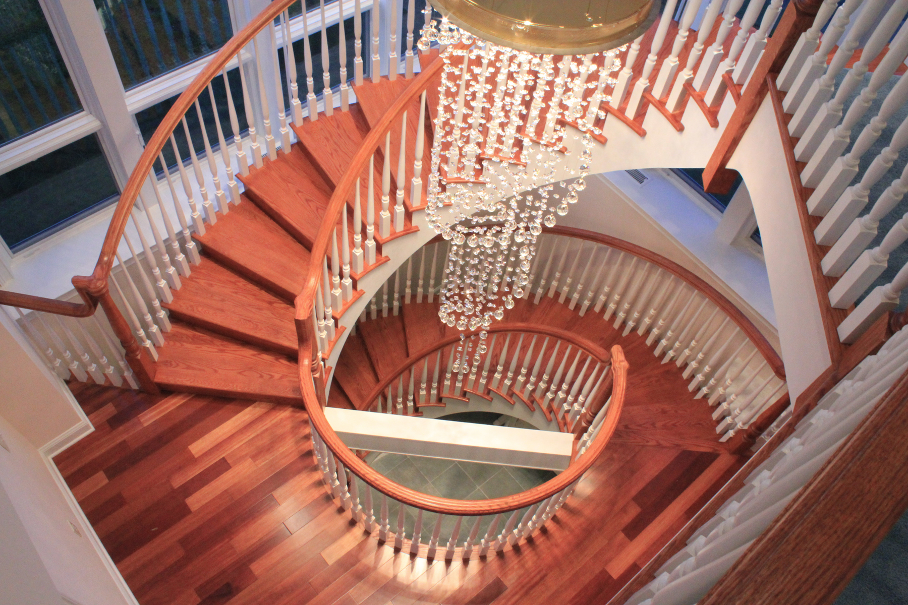 Chandelier Lighting Fixture For Spiral Staircase
