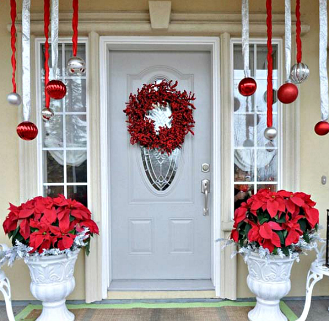 10 ways to take christmas onto your front porch - Outdoor Christmas Decorations Ideas Pinterest