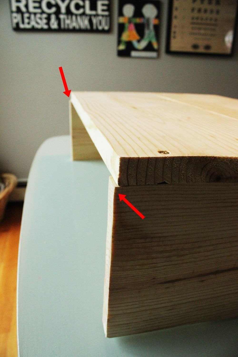 DIY Hairpin Leg Side Table - Attaching tip