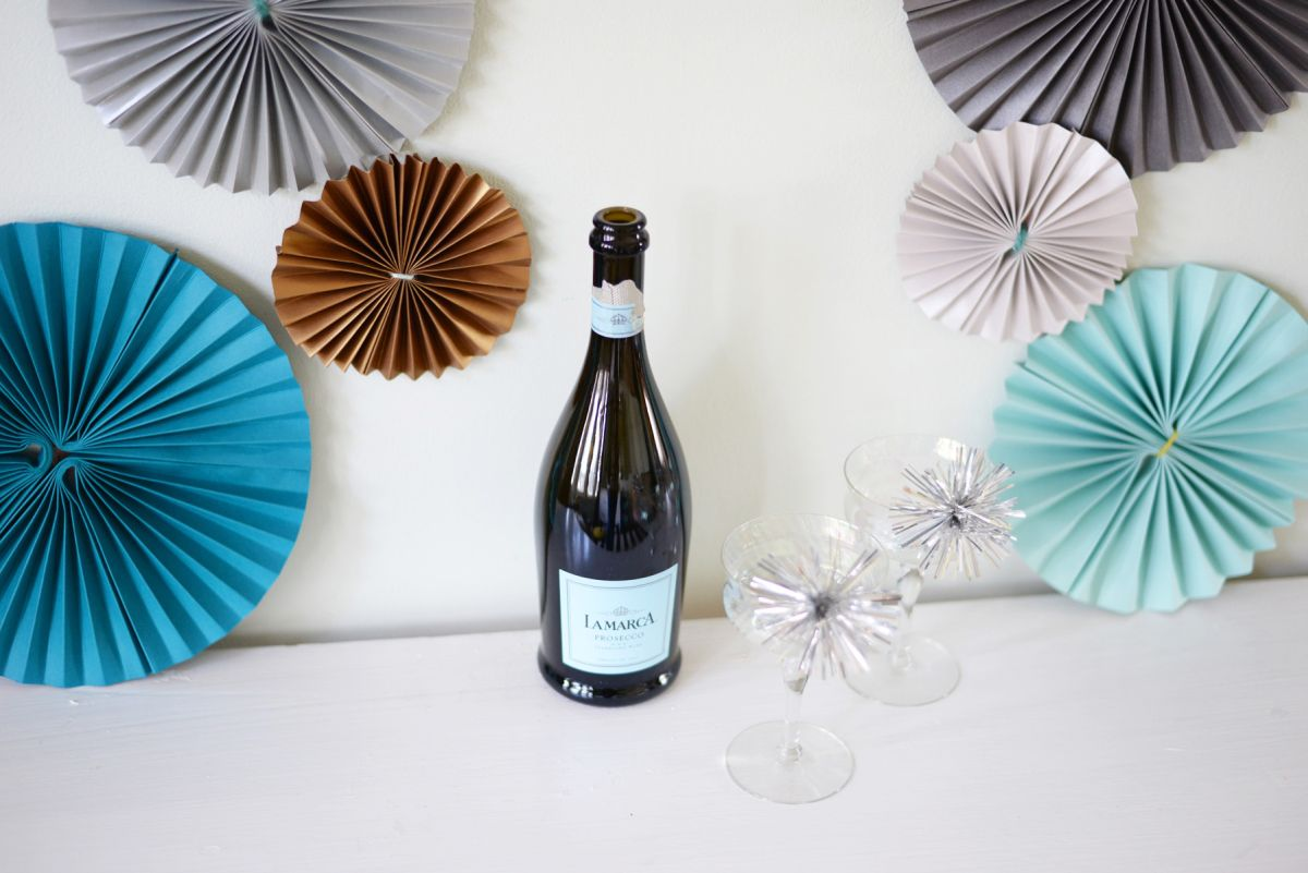 DIY Paper Pinwheels for NYE Design