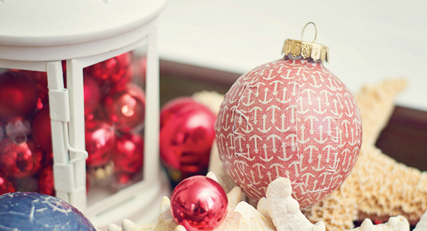 DIY modge podge ornament