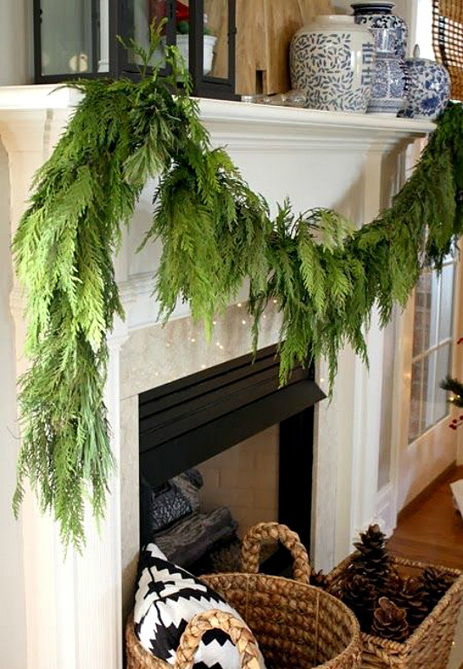 Evergreen mantle garland