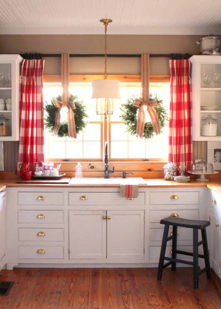 Farmhouse Kitchen Window Treatments