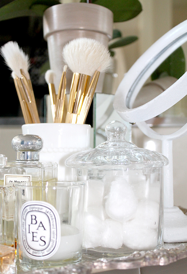 Glass Containers for Vanity