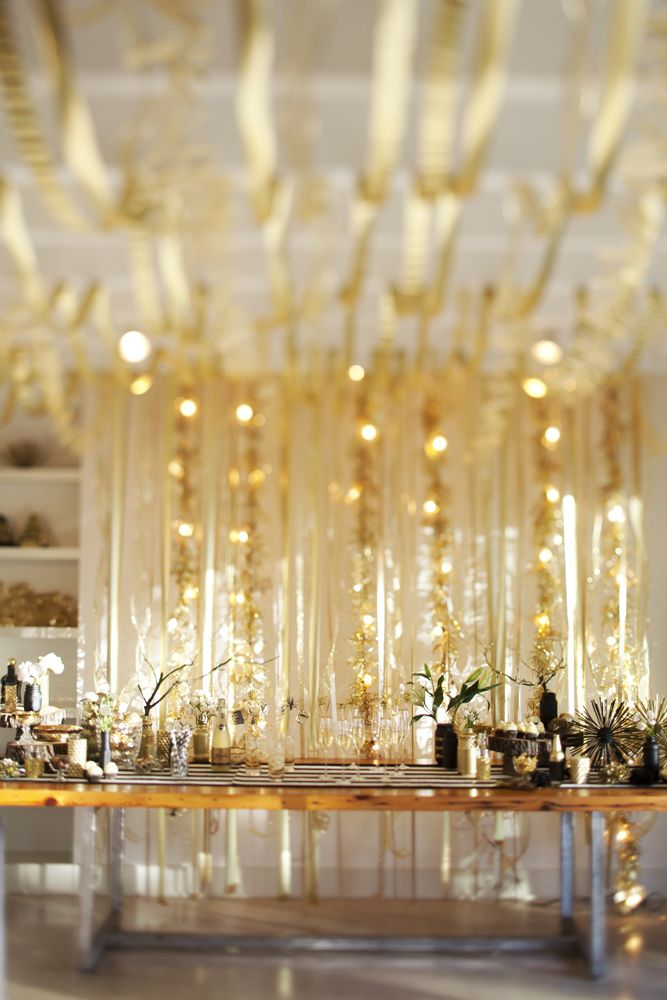 12 Tips For A Golden New Years Eve Party