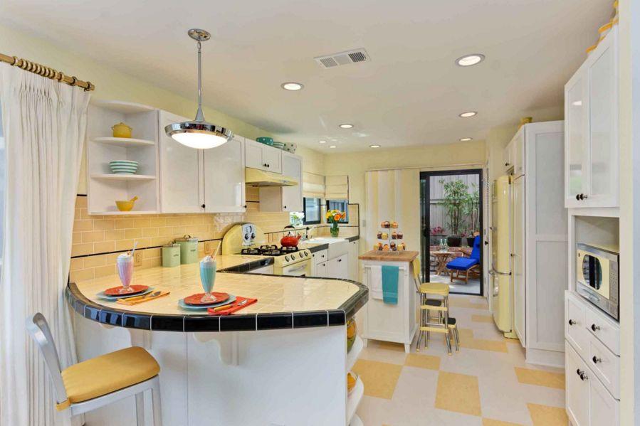 Kitchen countertop tiles