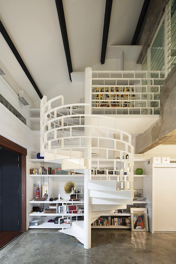 Laced spiral staircase design