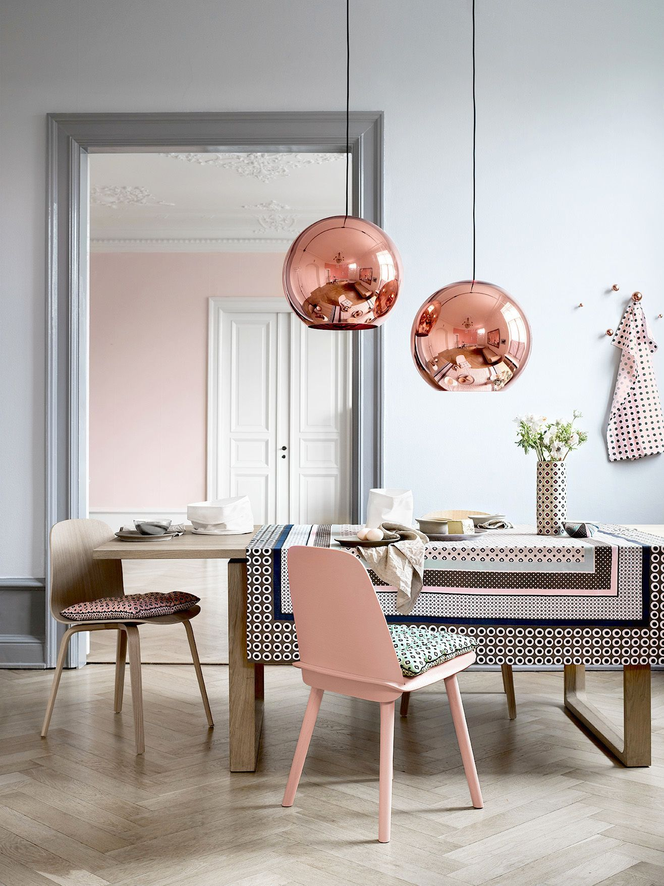 20 examples of copper pendant lighting for your home rh homedit com copper lamp shade kitchen copper kitchen lampshade