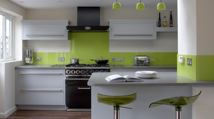 What Color Goes With Green Kitchen Counters