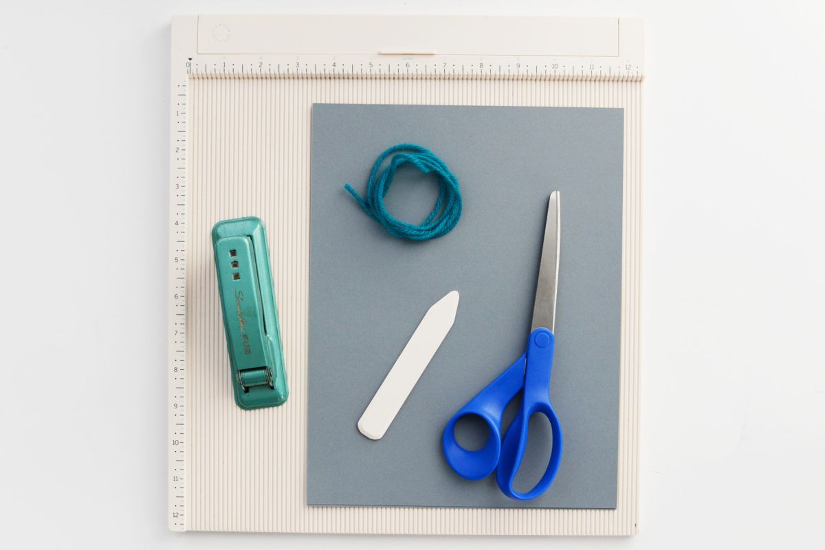 Materials to DIY Paper Pinwheels for NYE