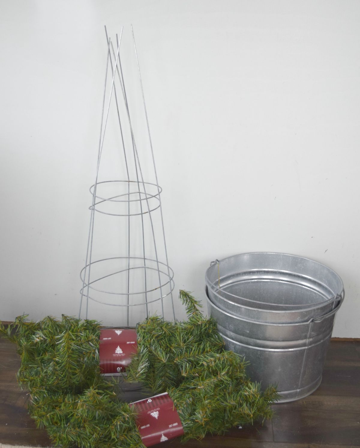 Materials to create Christmas topiary