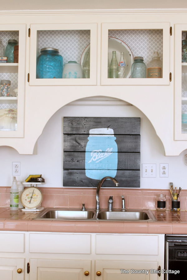 Pallet art backsplash