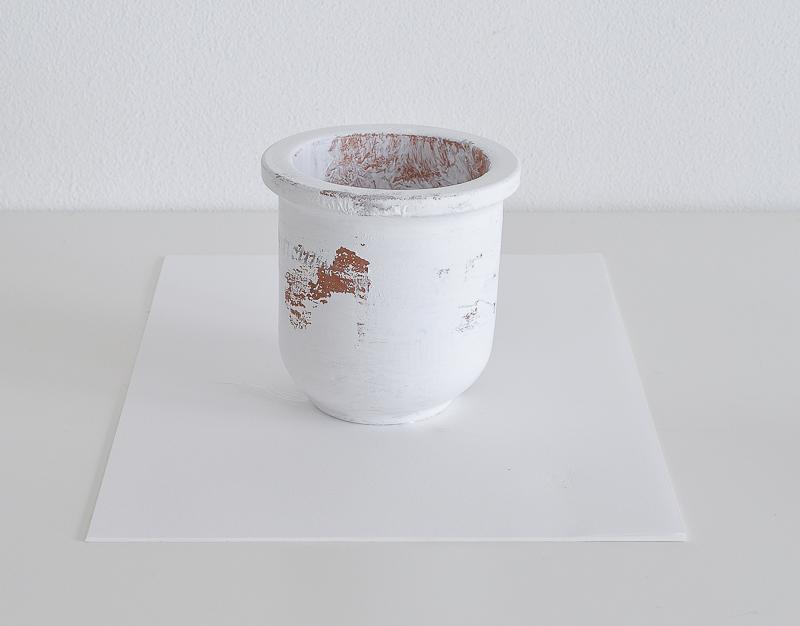 Peeling Paint Effect Vase - DIY