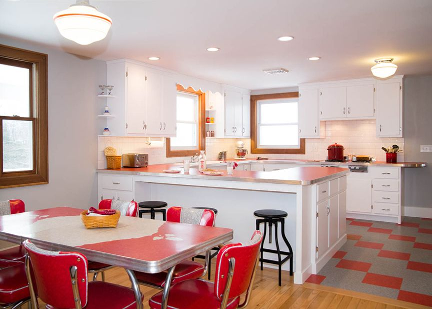 Red Is A Perfect Color For A Retro Kitchen Amazing Pictures