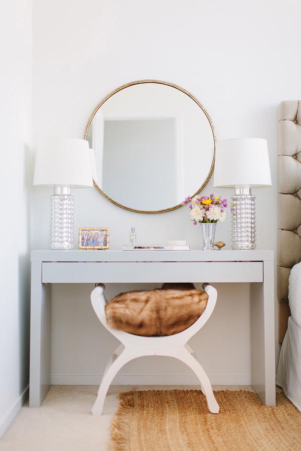 Simiplicity Bedroom vanity