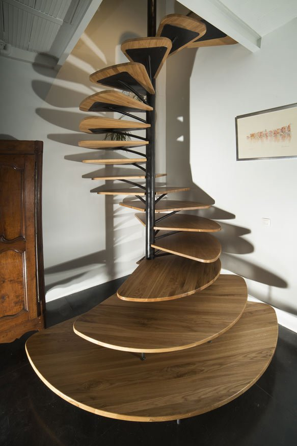 Stunning wood paddles staircase