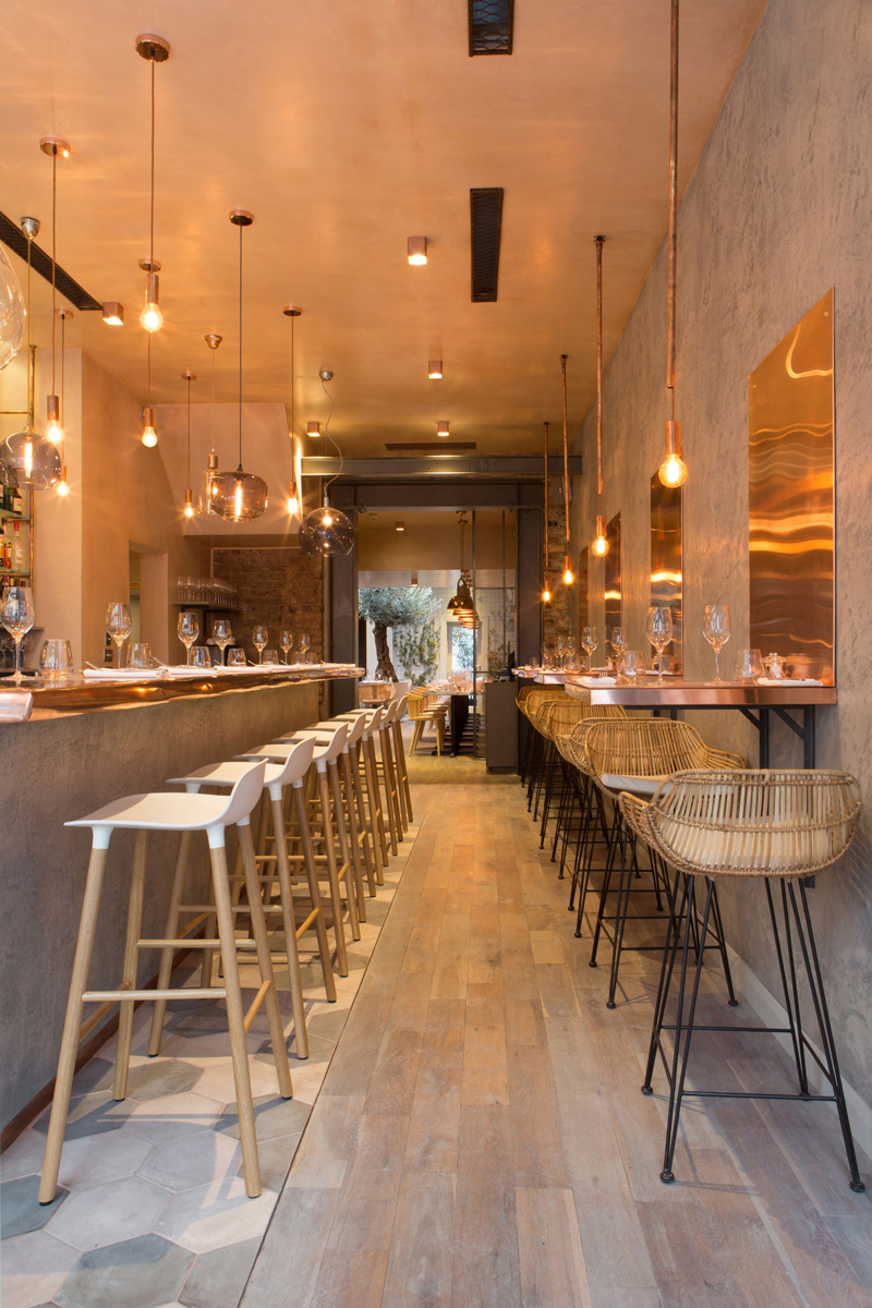 London Restaurant Impresses With Lots Of Copper Beauty Nice Design