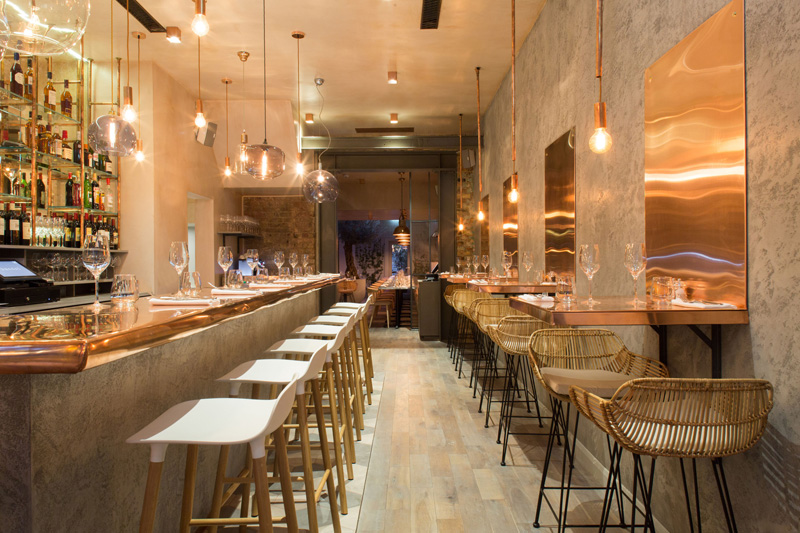 London Restaurant Impresses With Lots Of Copper Beauty Nice Look