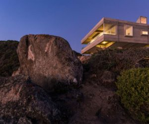 Majestic Residence Overlooking Both The Land And The Sea