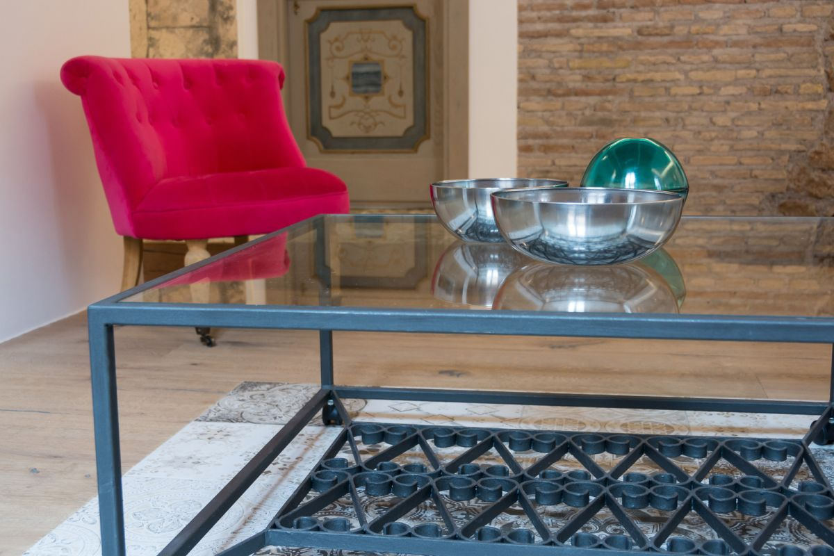 Via Sistina Apartment industrial coffee table