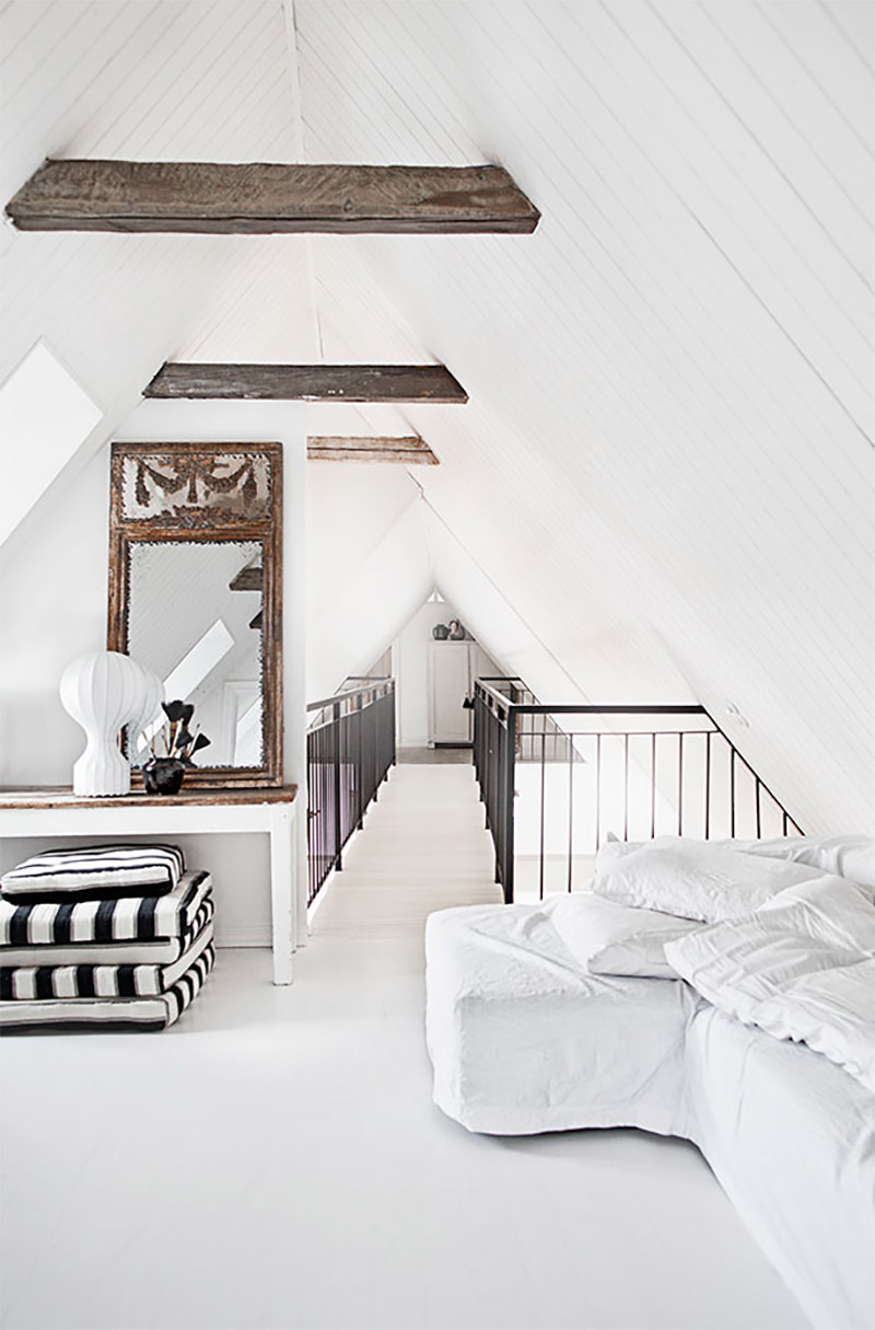 Attic exposed beams