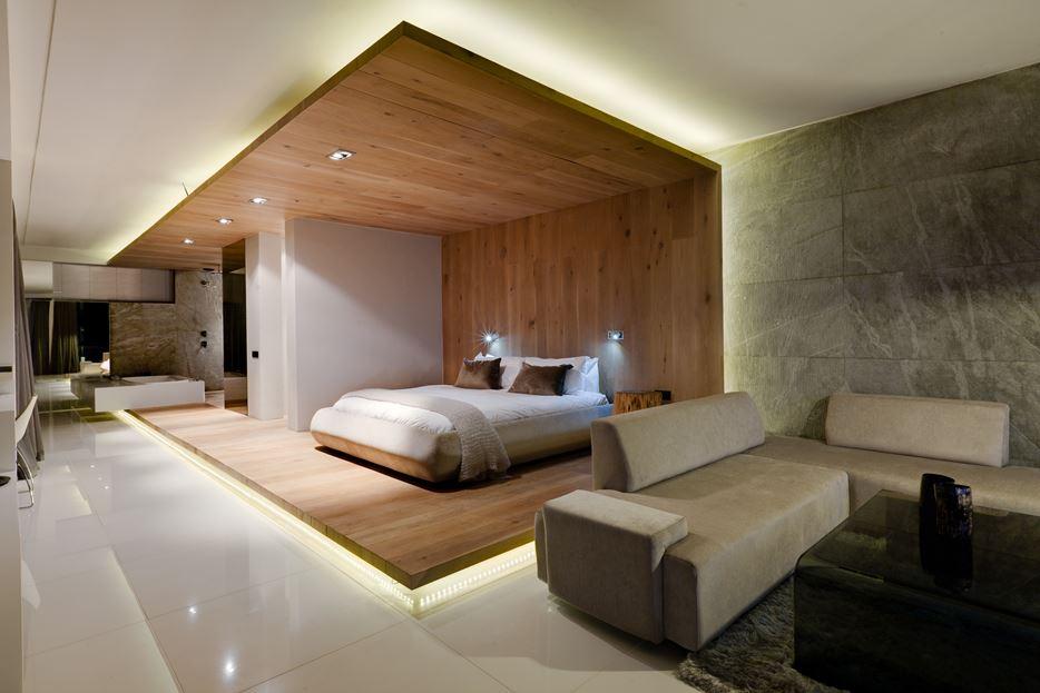 Bedroom wooden shell