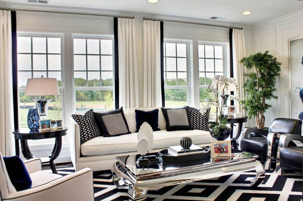 High Quality The Black And White Combination Is Often Associated With Classical And  Glamorous Decors Part 28