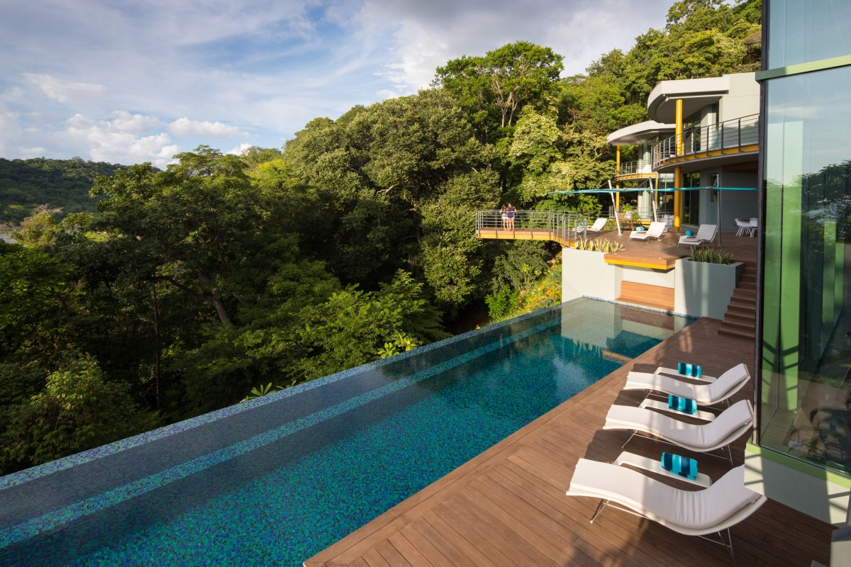 Casa Magayon in Costa Rica Infinity pool